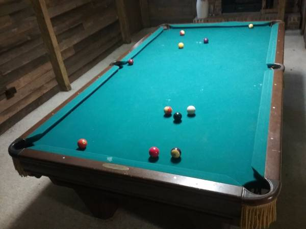 This Old Pool Table COULD Be Amazing If Somebody Put A Little Love Into Her.